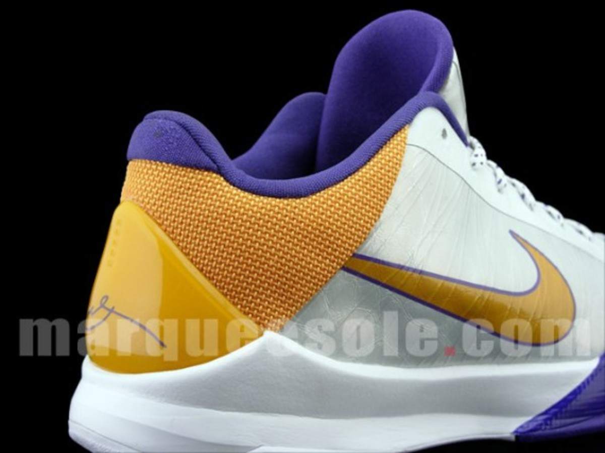 nike-zoom-kobe-v-lakers-home-4