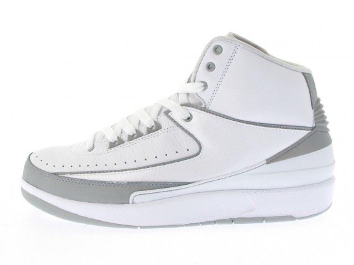 air-jordan-ii-retro-white-available-now-4