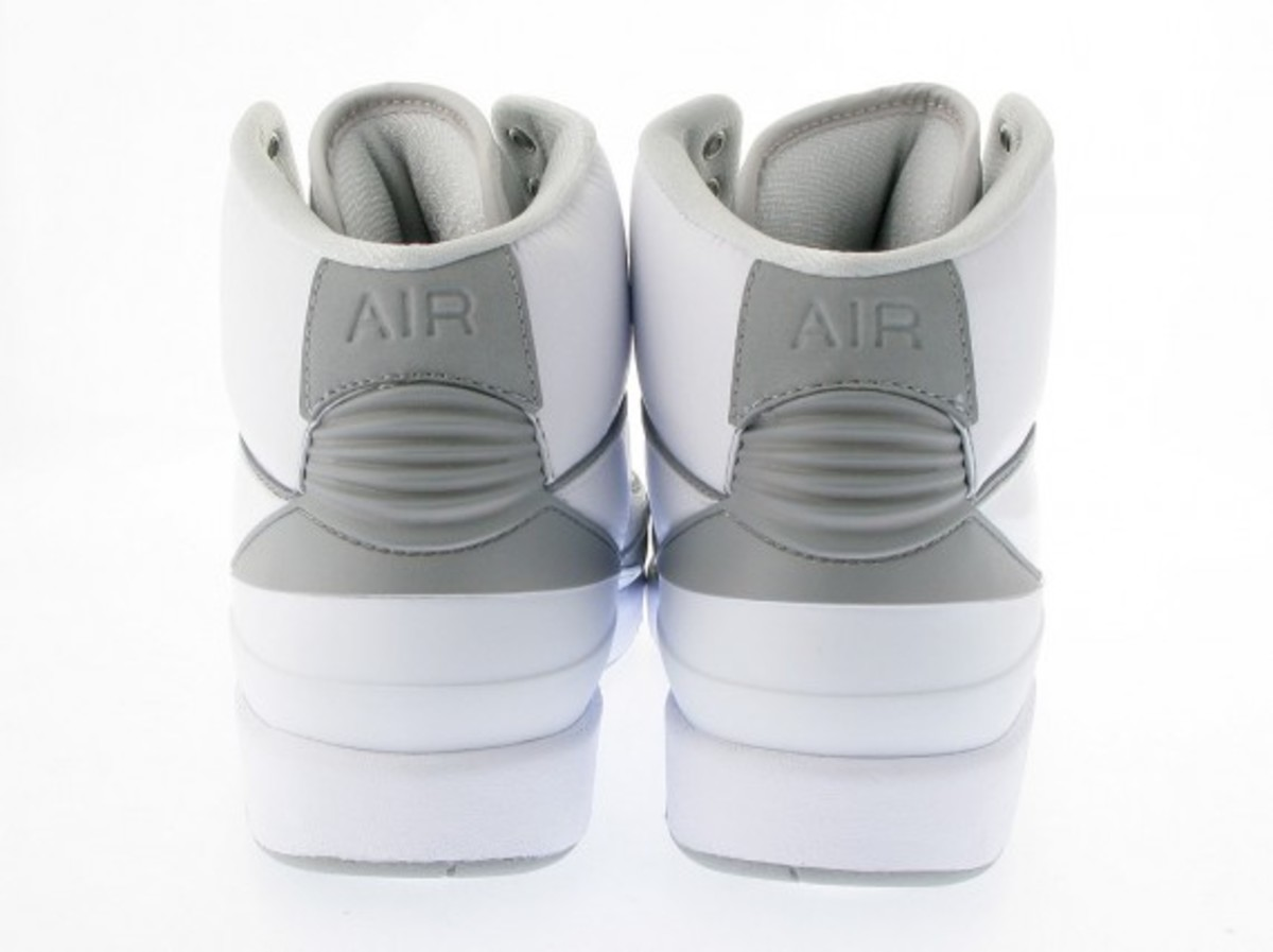 air-jordan-ii-retro-white-available-now-3