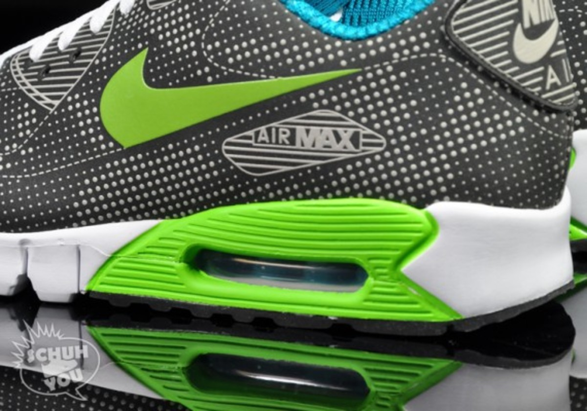 nike-air-max-90-current-moire-black-green-05