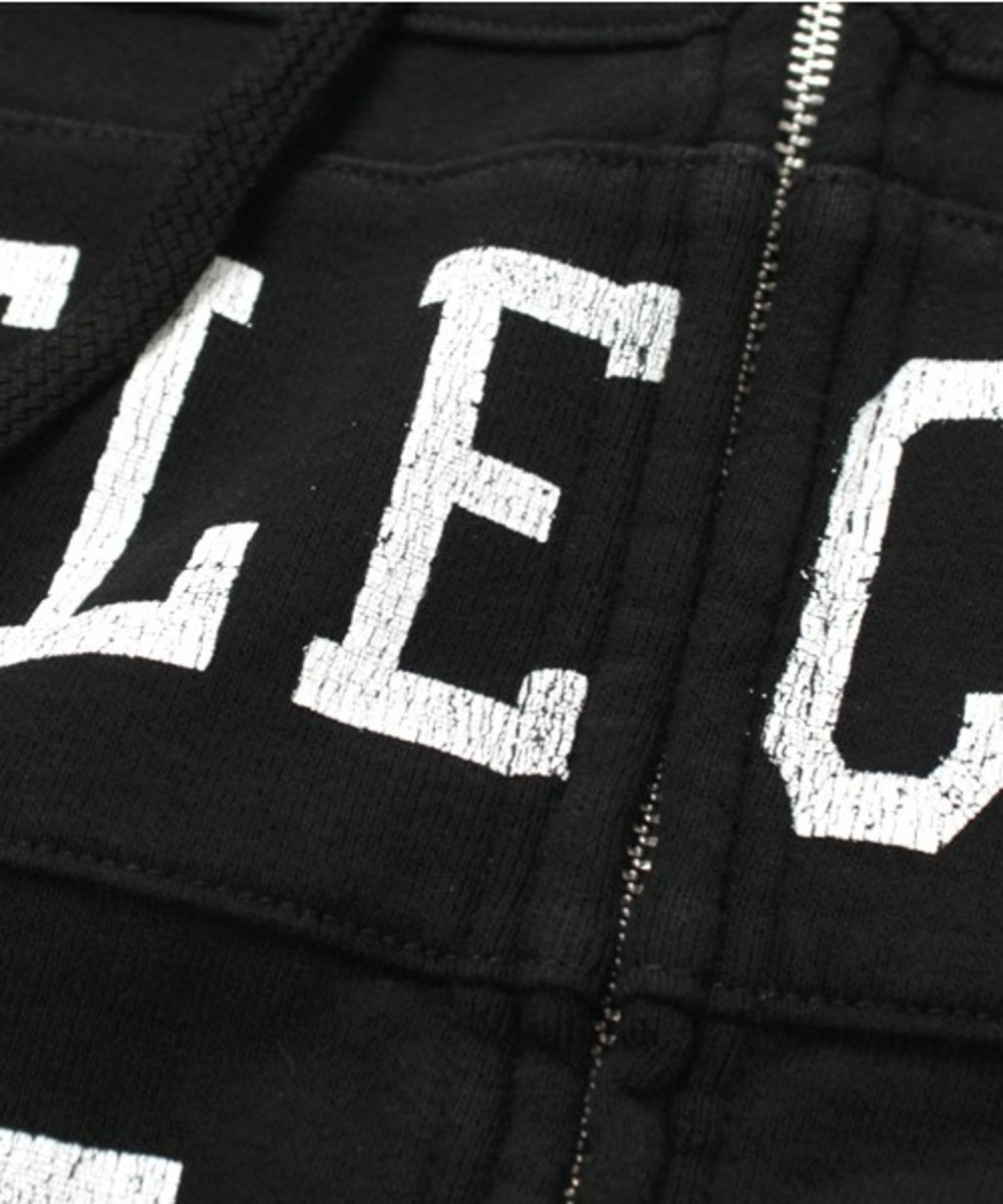 selector-c-hooded-black-3