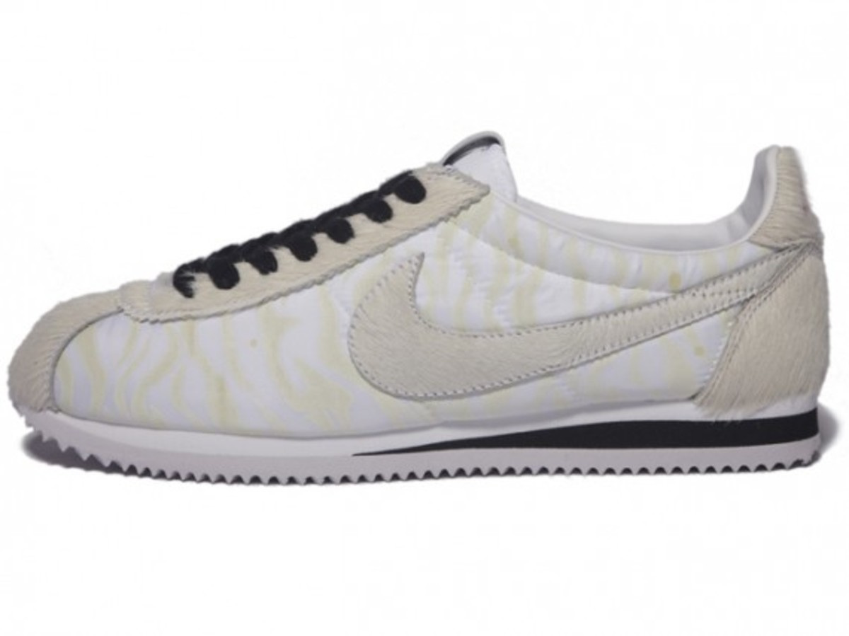 nike_year_of_the_tiger_cortez_6