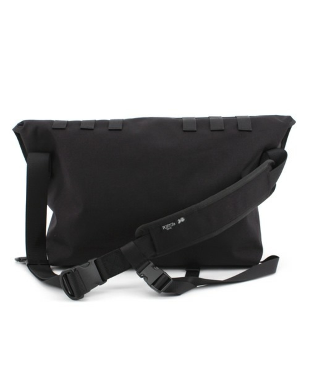 xxx-messenger-bag-black-3