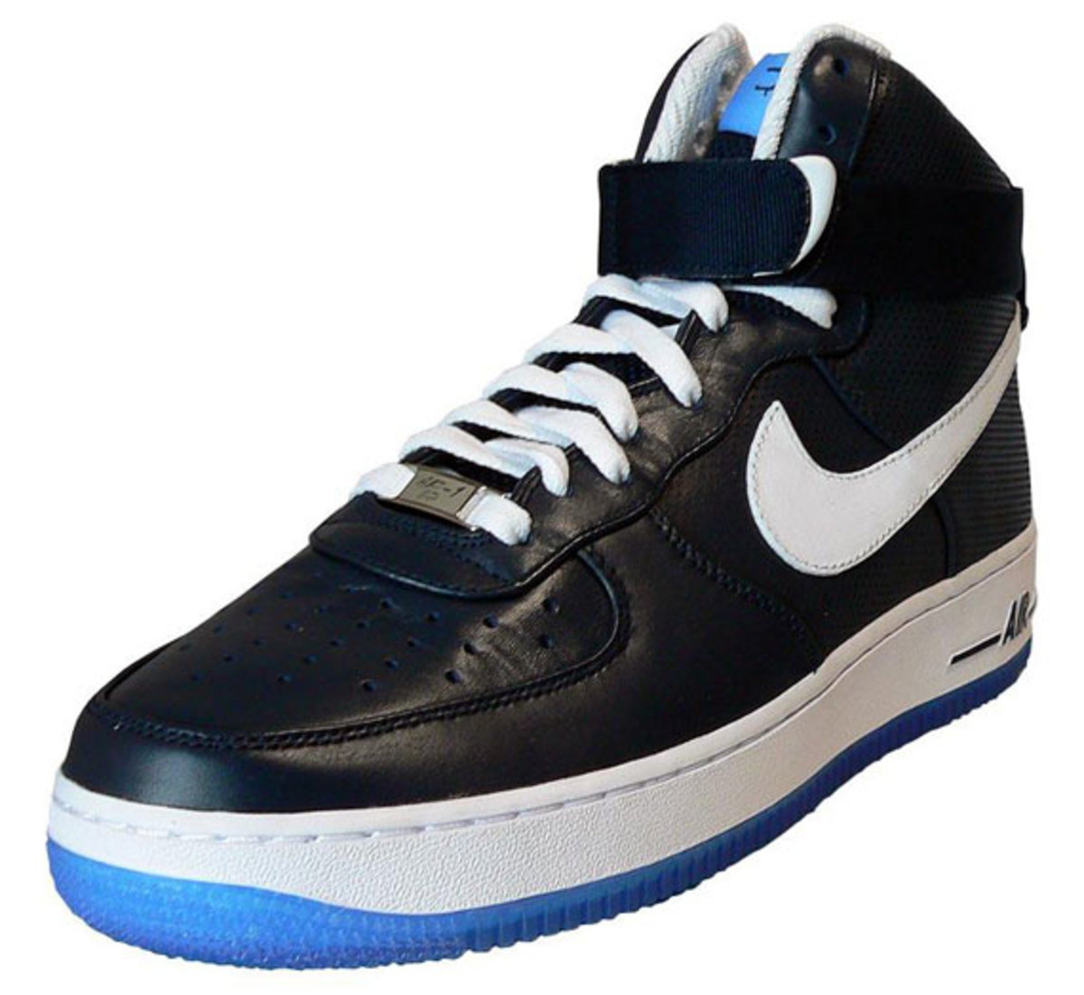 56d605f7f Nike x FUTURA - Air Force 1 High + Low - NY Yankees Pack - Freshness Mag