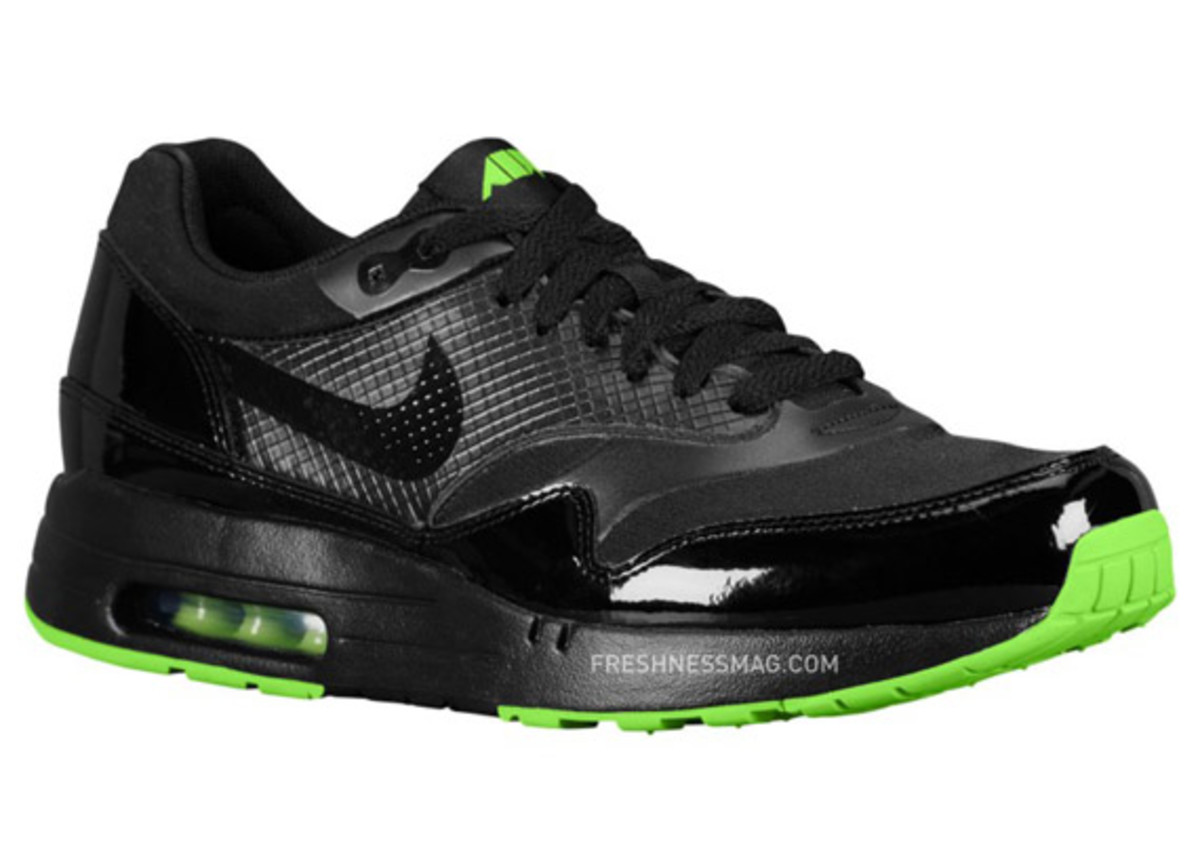 nike-air-maxim-1-air-attack-green-01