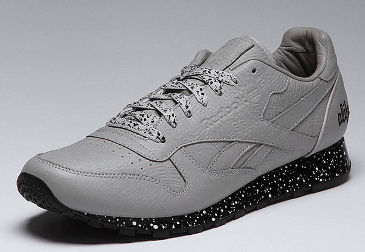 alife-reebok-classic-leather-lux-grey-speck-01