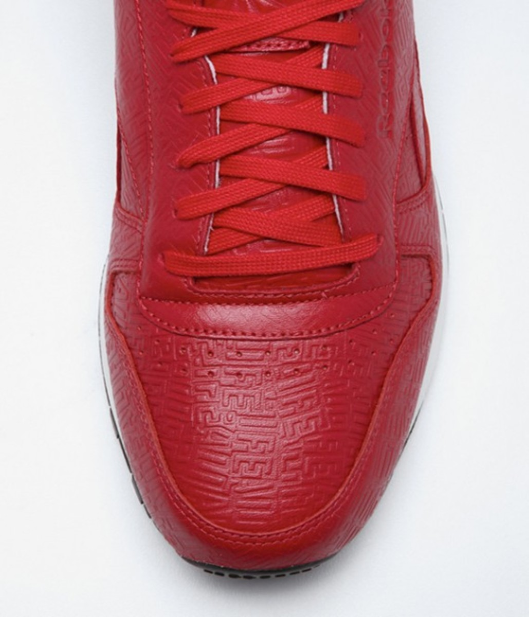 alife-reebok-classic-leather-lux-red-03