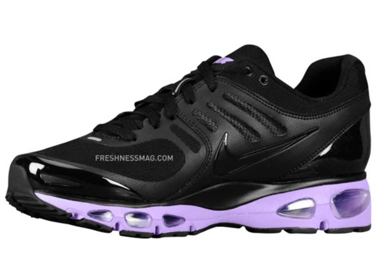 nike-air-max-tailwind-2010-air-attack-black-purple-2