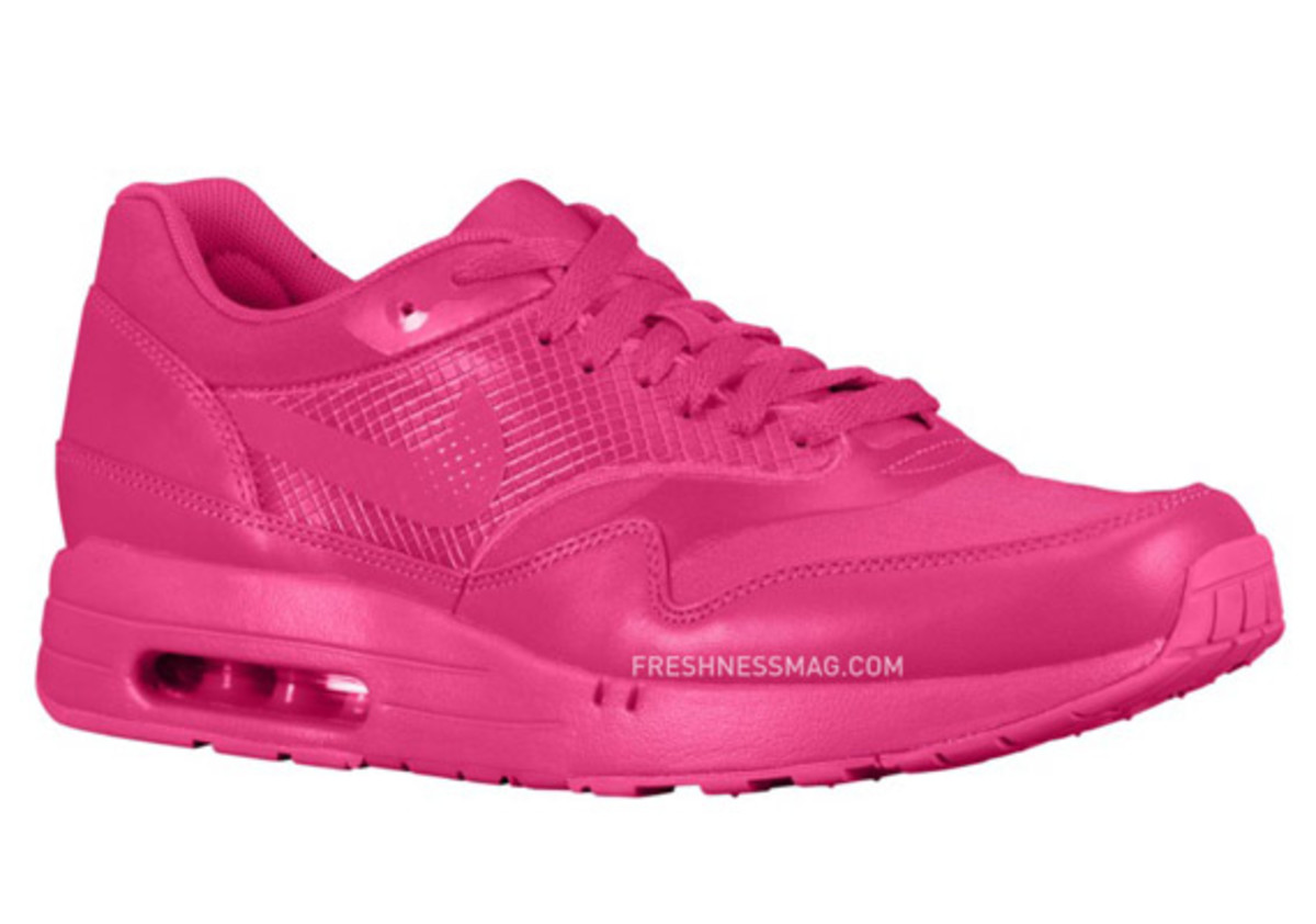 nike-air-maxim-1-air-attack-pink-01