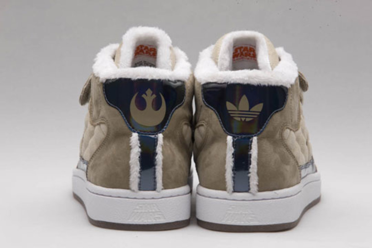 freshness-weekly-review-adidas-originals-clot-star-wars-1
