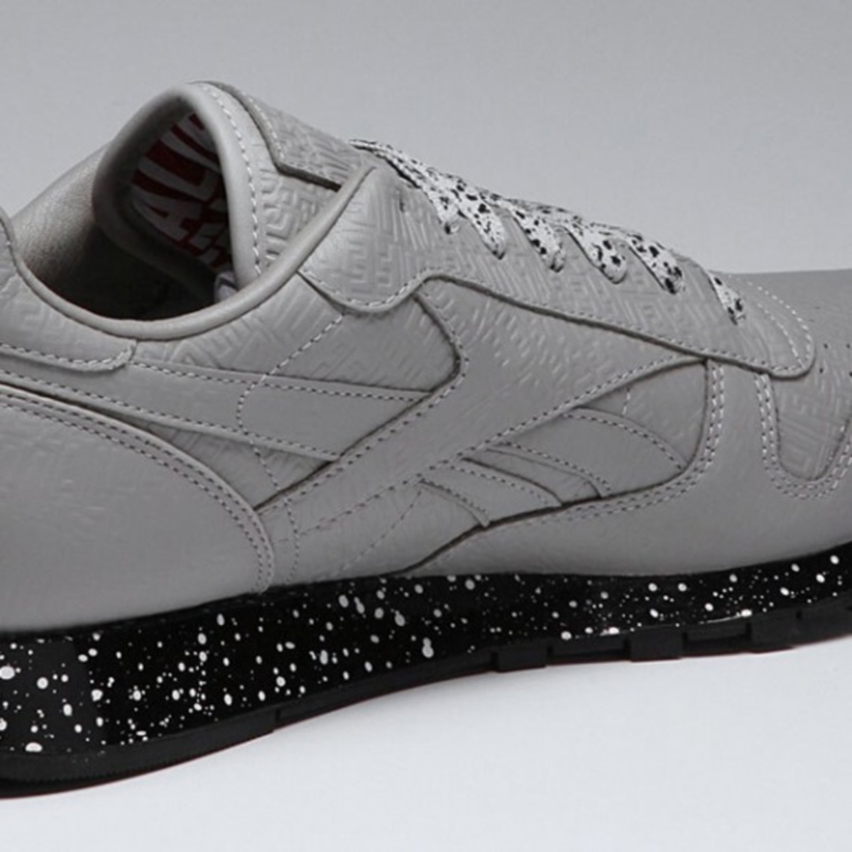 alife-reebok-classic-leather-lux-grey-speck-05