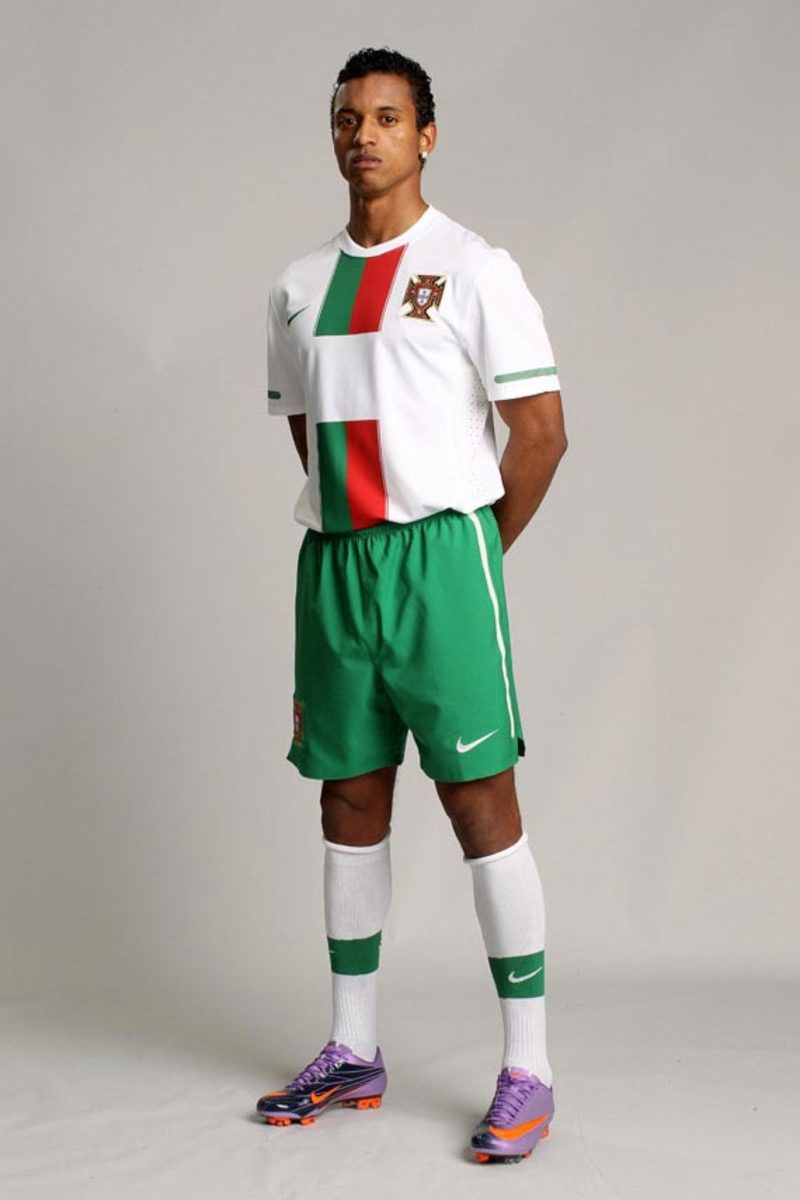 nike-introduces-2010-national-team-051