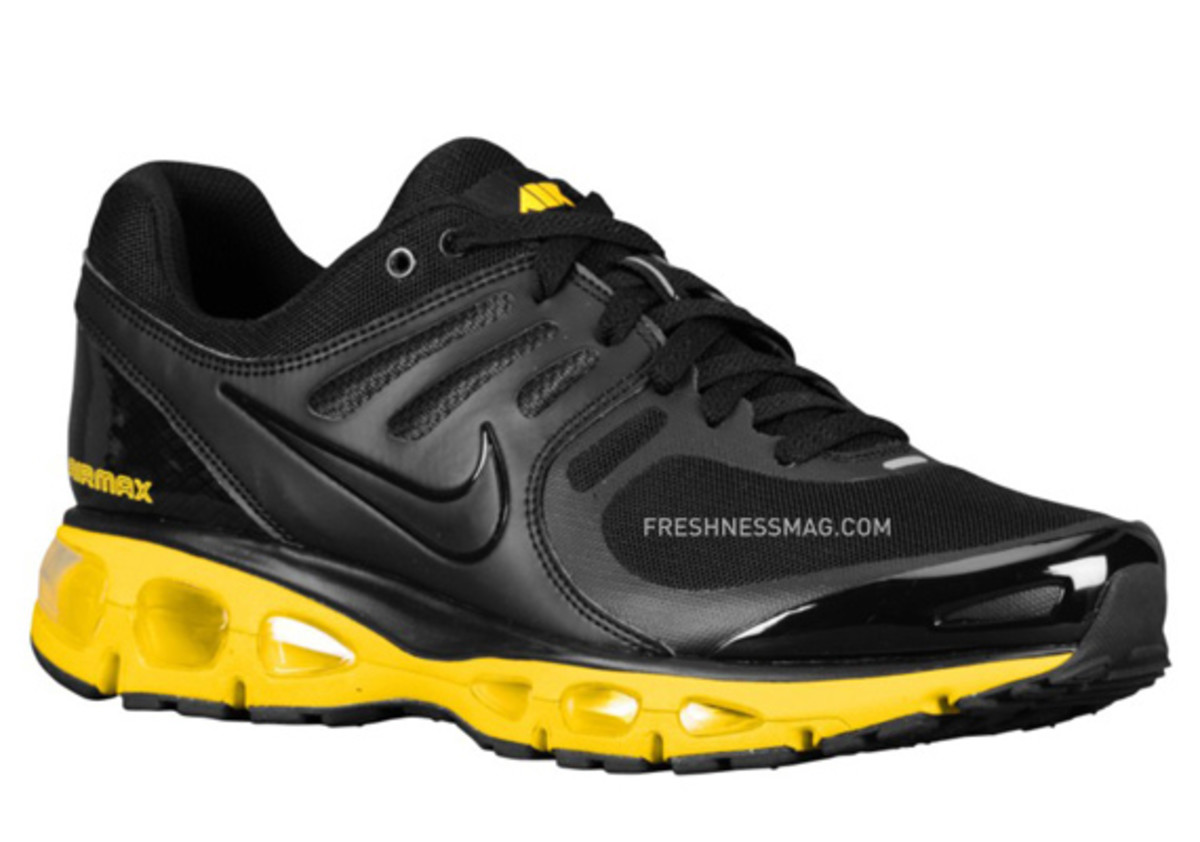 nike-air-max-tailwind-2010-air-attack-black-yellow-1
