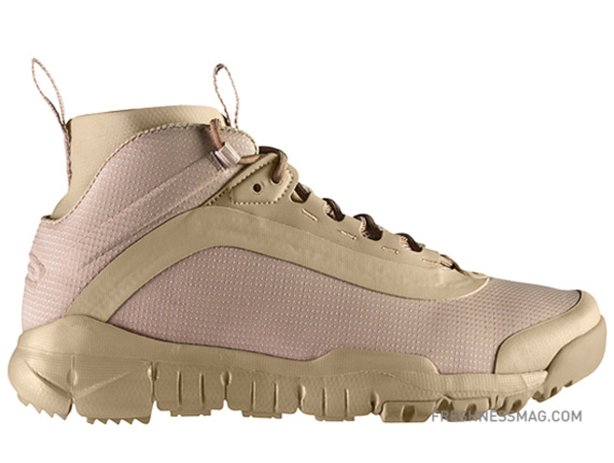 nike-sfb-mid-boots-344929-222a