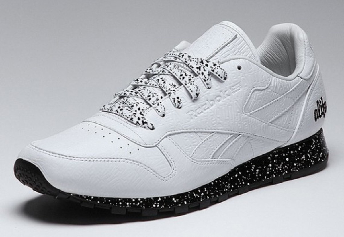 alife-reebok-classic-leather-lux-white-speck-01