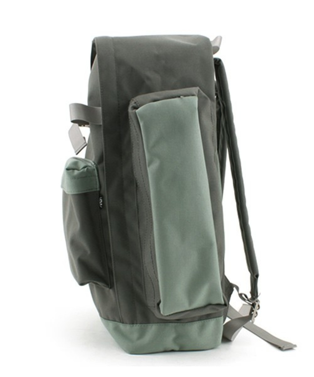 fresh-gear-backpack-gray-2