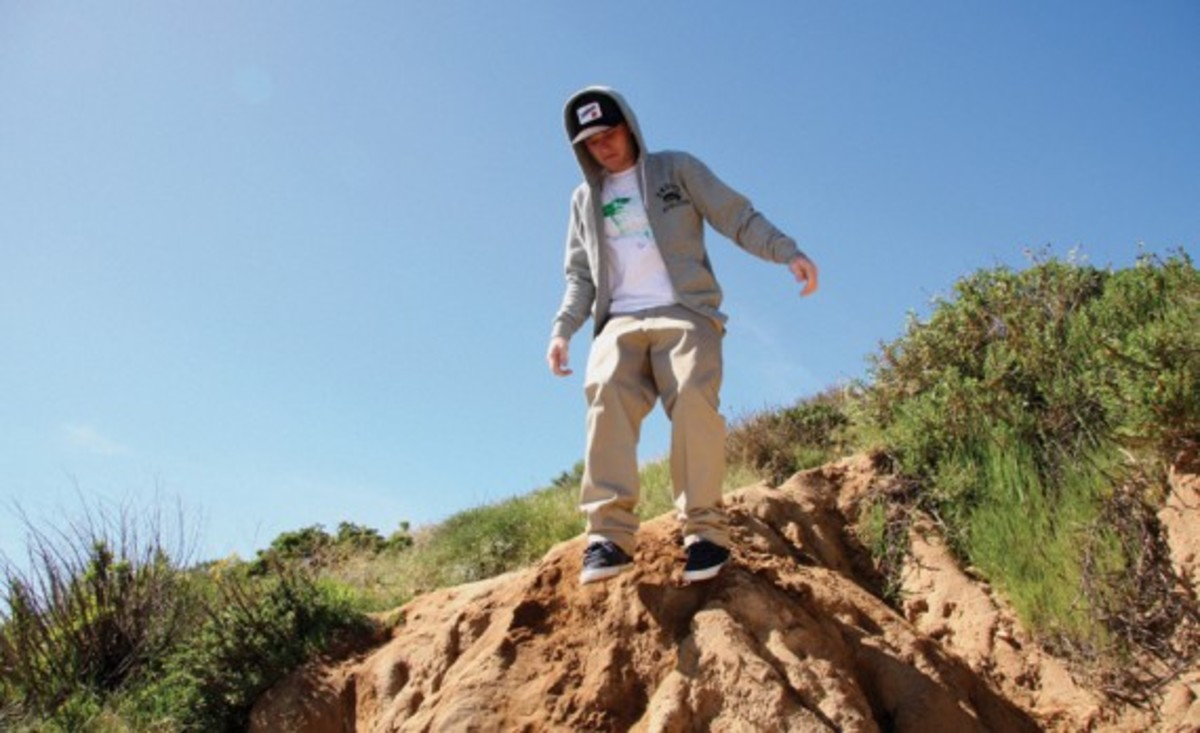 undftd-spring-2010-first-delivery-lookbook-3