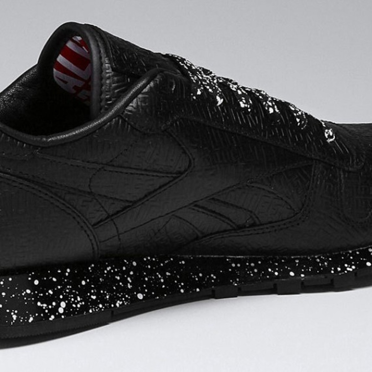 alife-reebok-classic-leather-lux-black-speck-05