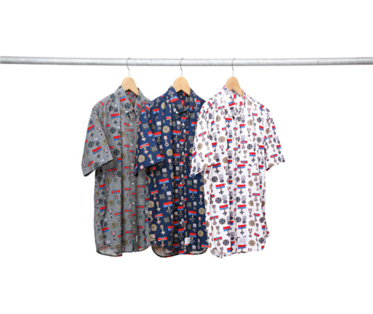 supreme-nyc-medals-shirt-01
