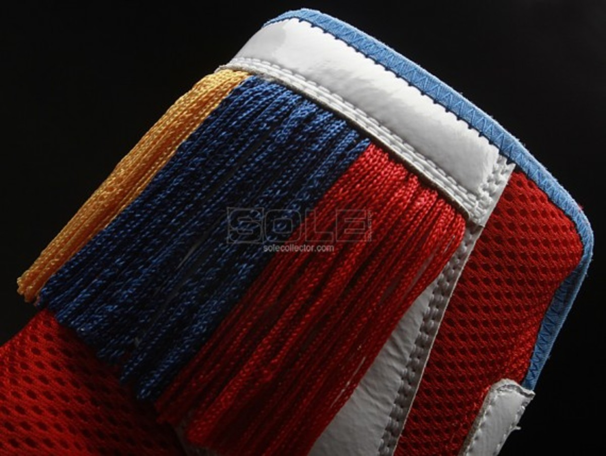 manny-pacquiao-nike-fight-night-shoes-03