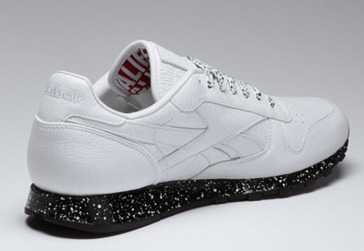 alife-reebok-classic-leather-lux-white-speck-02