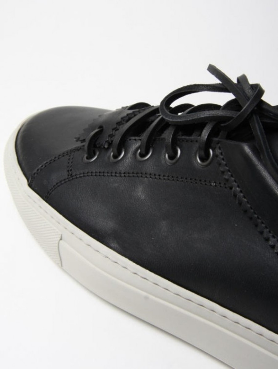common_projects_archilles_low_3