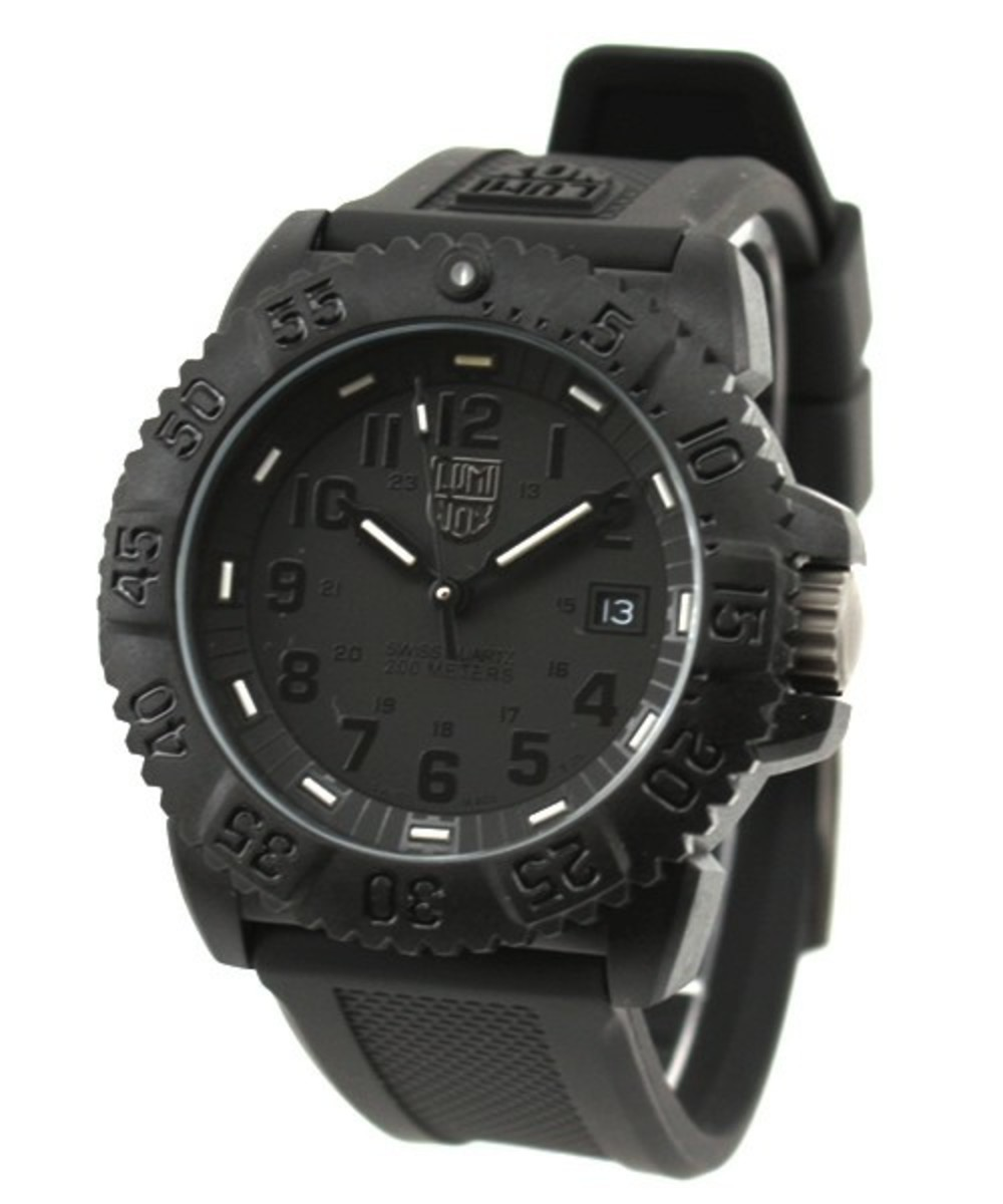 luminox-blackout-watch-01