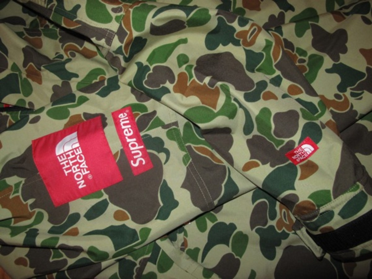 supreme-the-north-face-camouflage-pullover-03