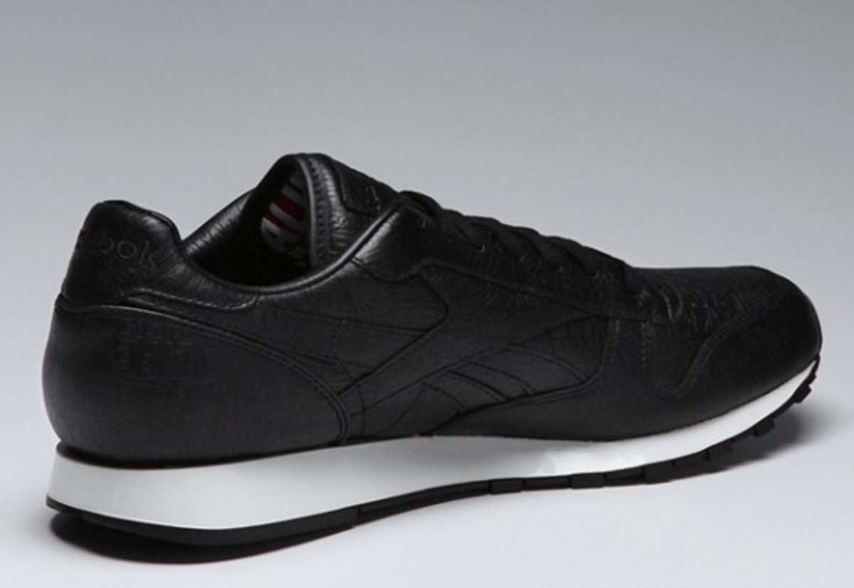alife-reebok-classic-leather-lux-black-02