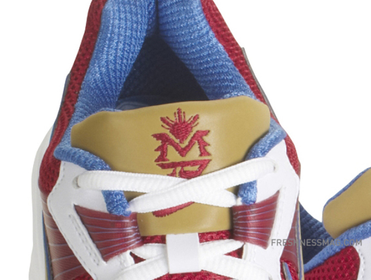 manny-pacquiao-nike-trainer-sc-2010-philippines-08