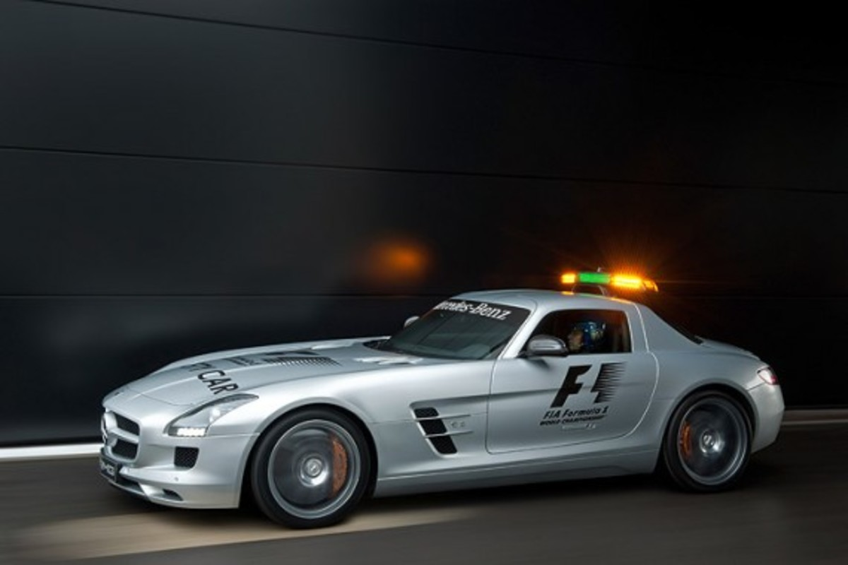 mercedes benz sls amg official f1 safety car freshness mag. Black Bedroom Furniture Sets. Home Design Ideas