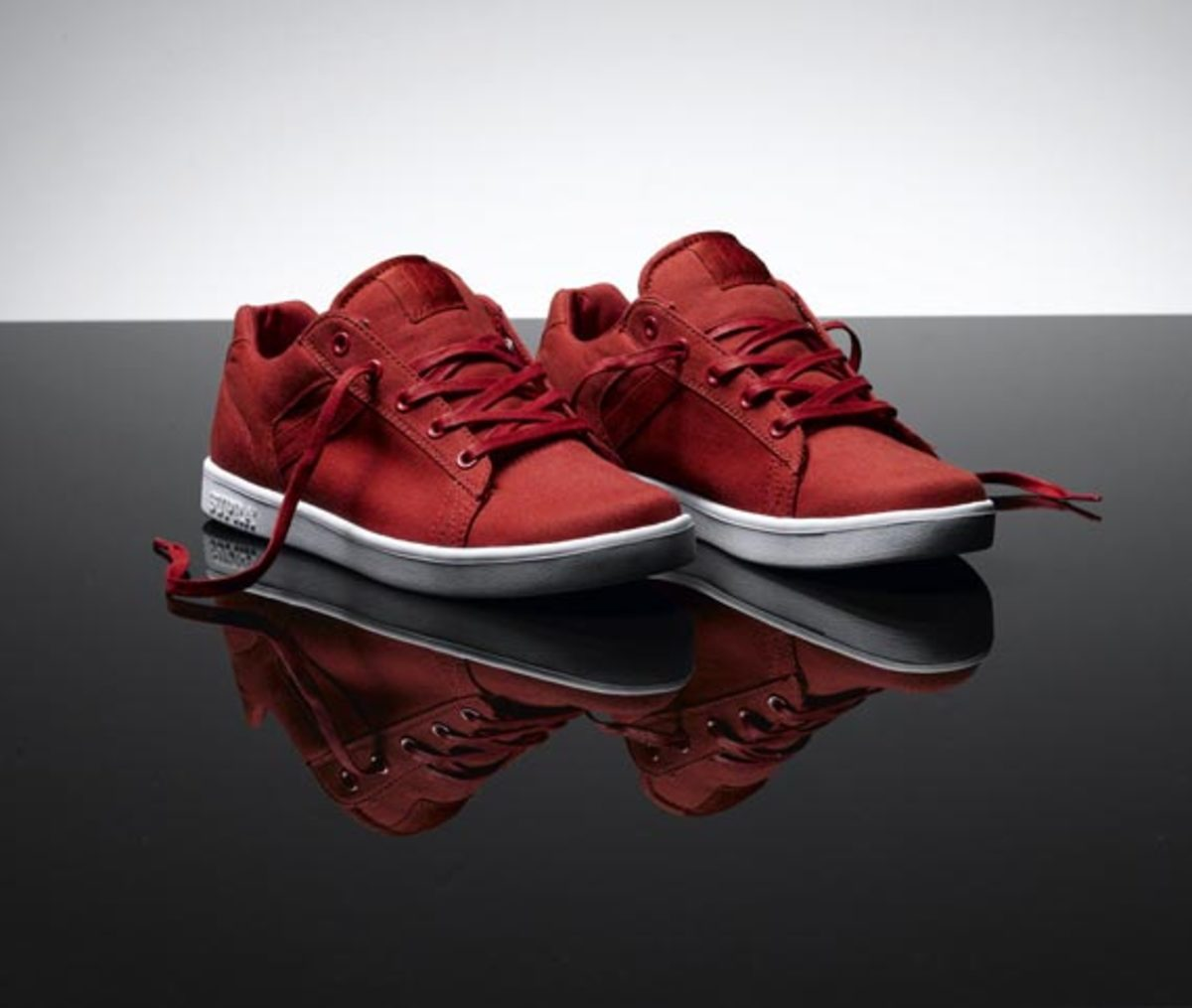 supra-red-canvas-pack-01
