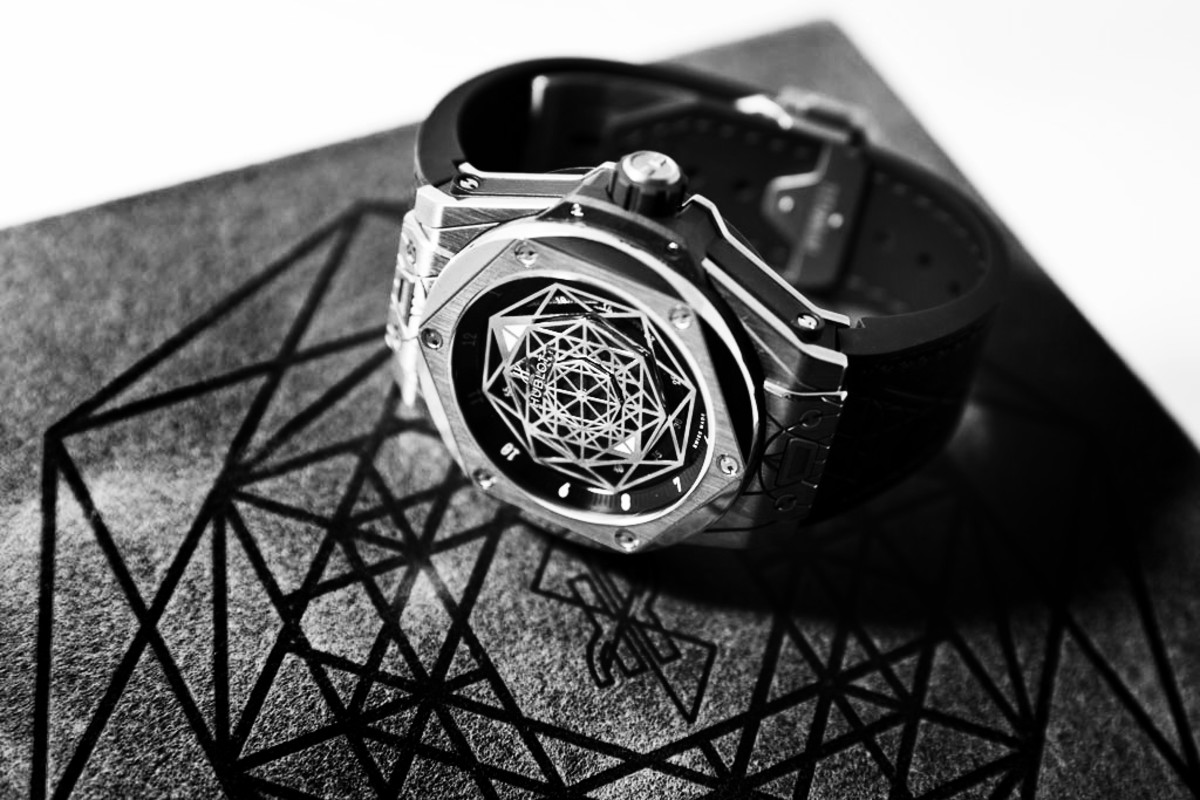 Hublot celebrates the art of tattooing with the big bang for Sang bleu tattoo