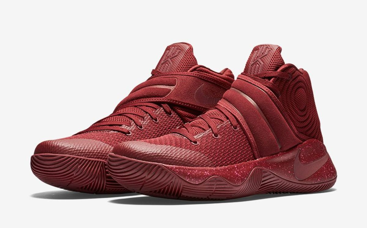 new style 74110 6923f Satisfy Your Sweet Tooth With the Nike Kyrie 2