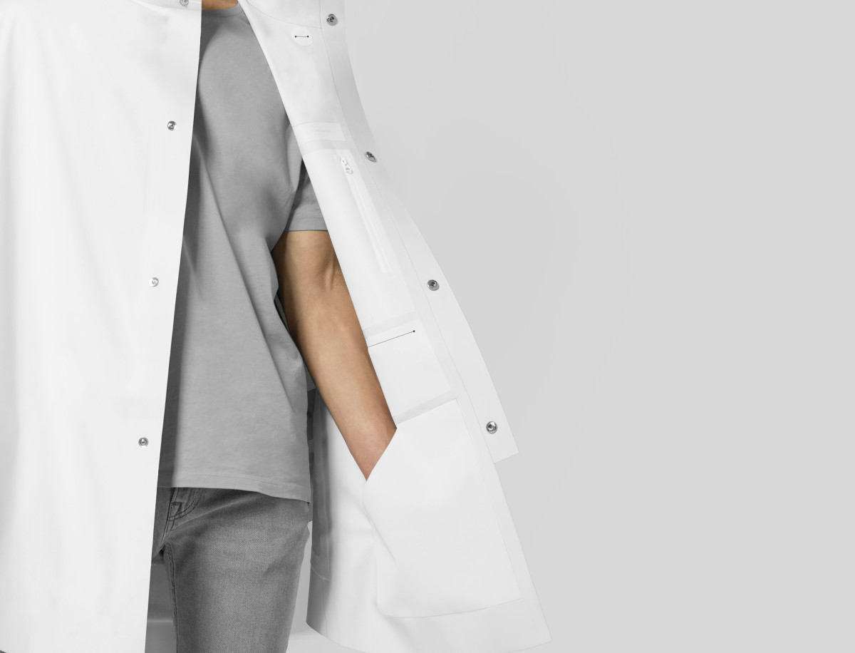 snarkitecture-the-arrivals-poncho-07.jpg