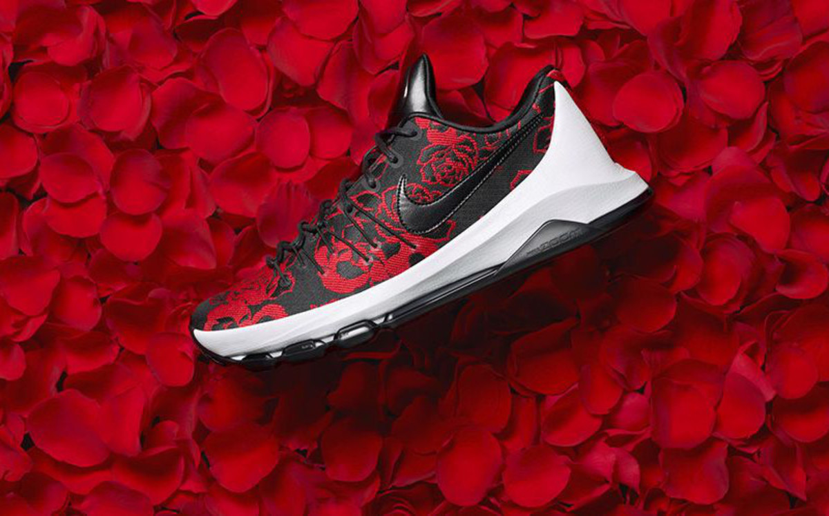 The Nike KD 8 EXT Gets a Floral Update