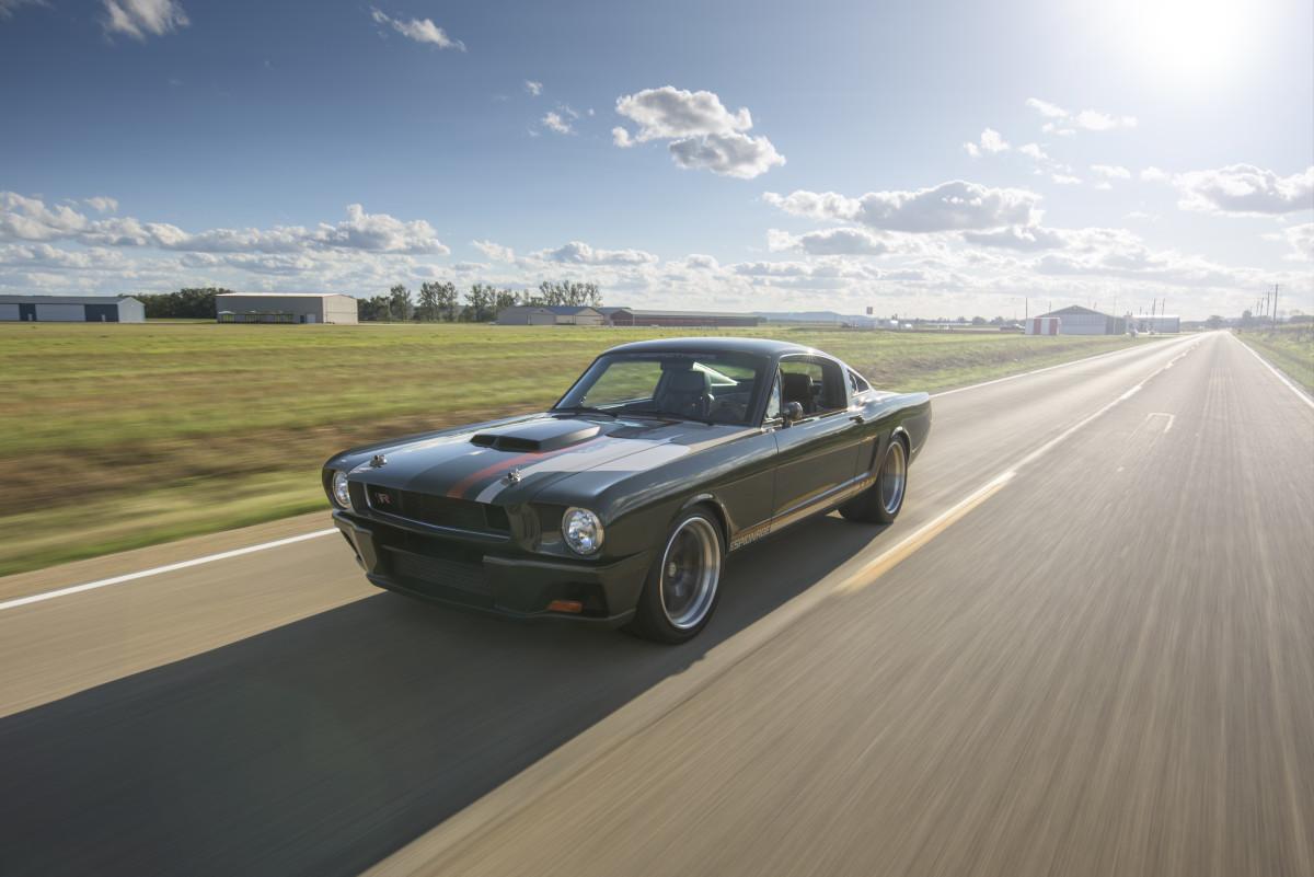 carbon-fiber-mustang-by-ringbrothers-04.jpg