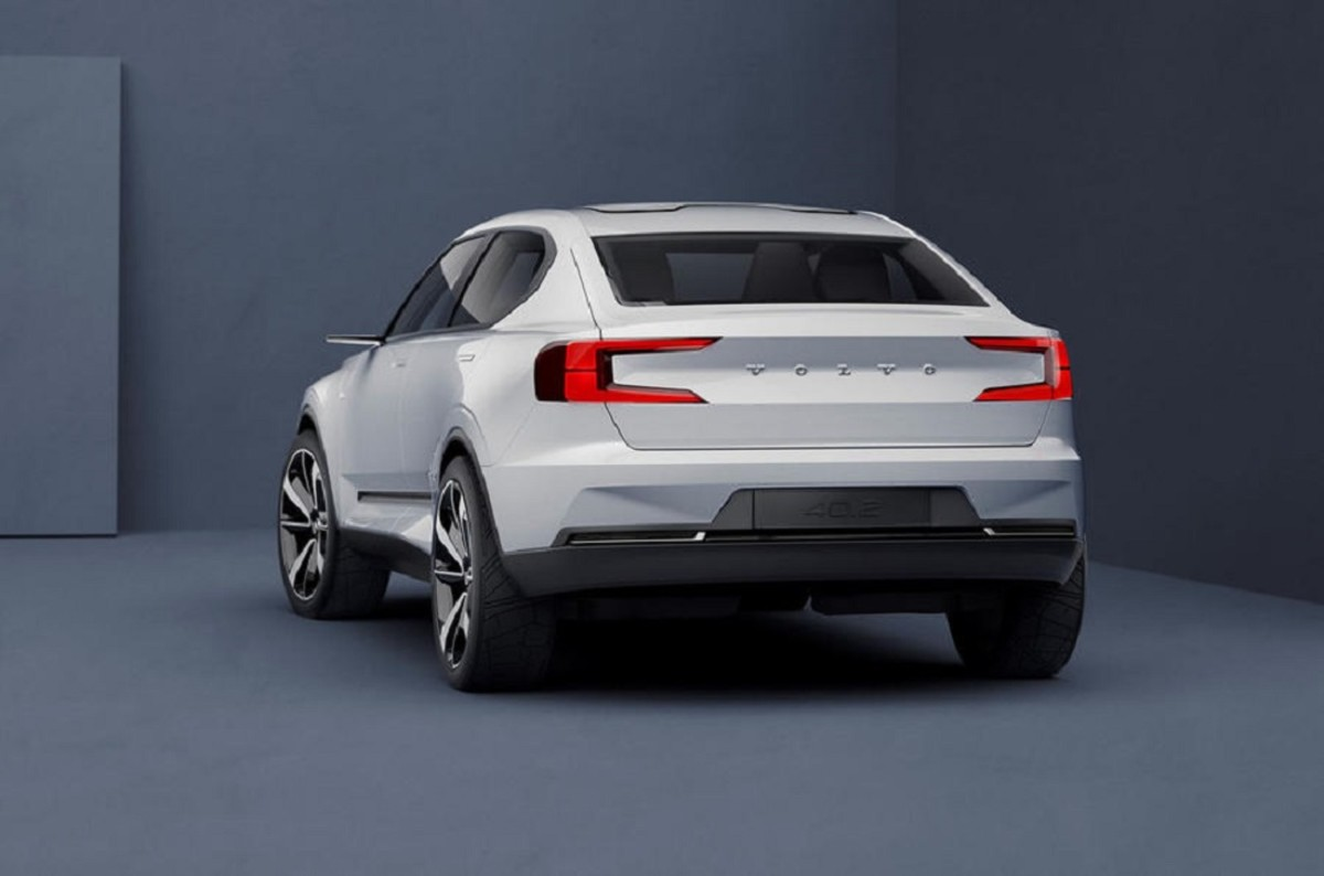 volvo-hatchback-electric-concept-unveiled-2.jpg