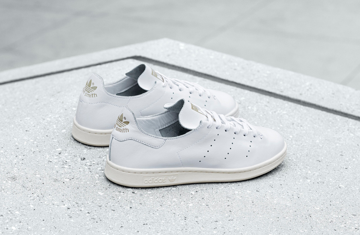 purchase cheap d1470 ad48d adidas Confers a One-Piece Leather Build to the Stan Smith ...