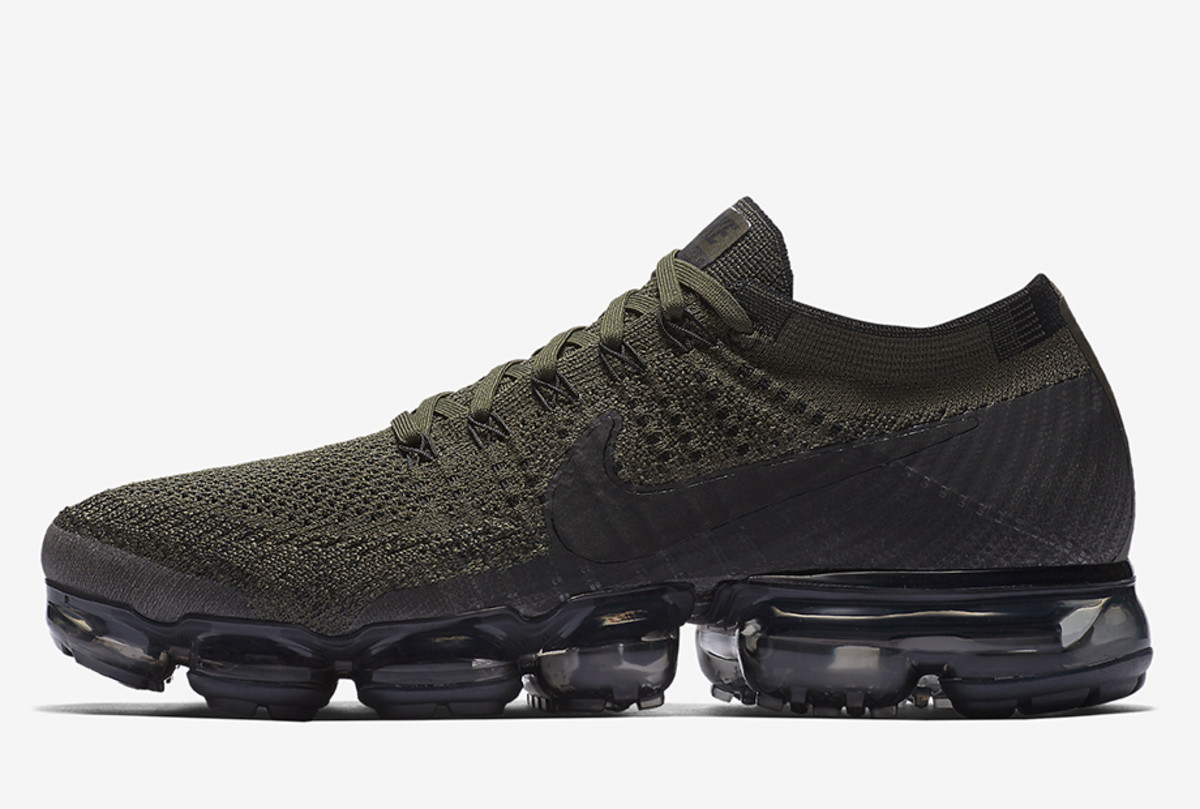 nike-air-vapormax-june-20-2017-launches-01