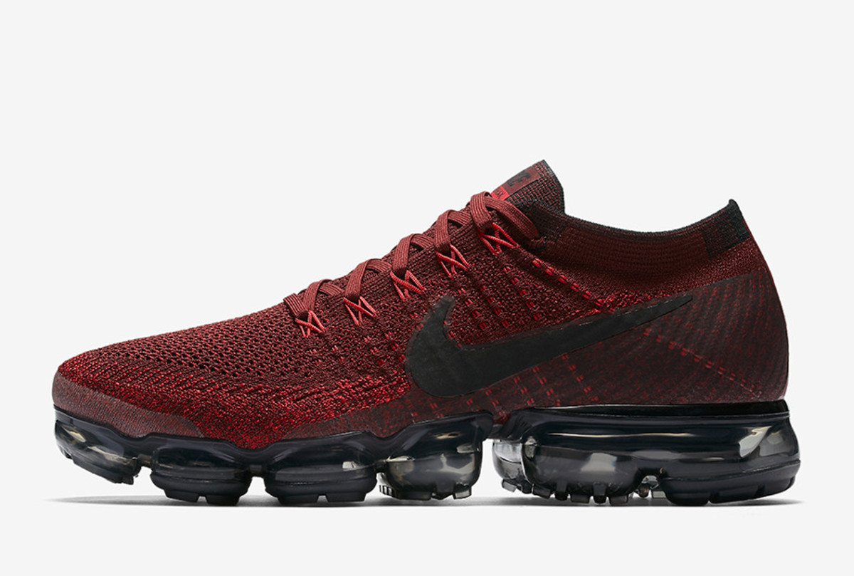 nike-air-vapormax-june-20-2017-launches-03