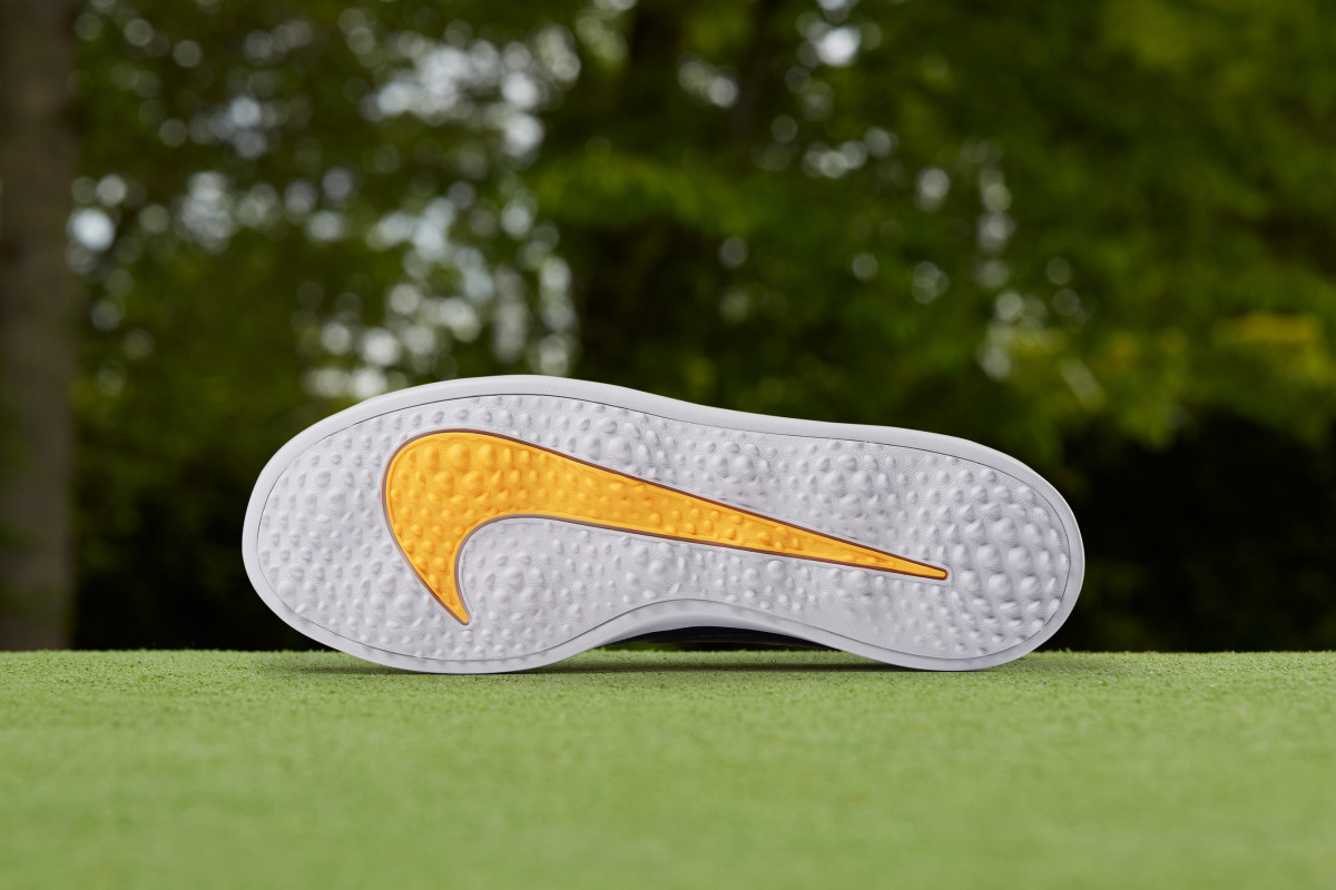 nike-course-classic-03