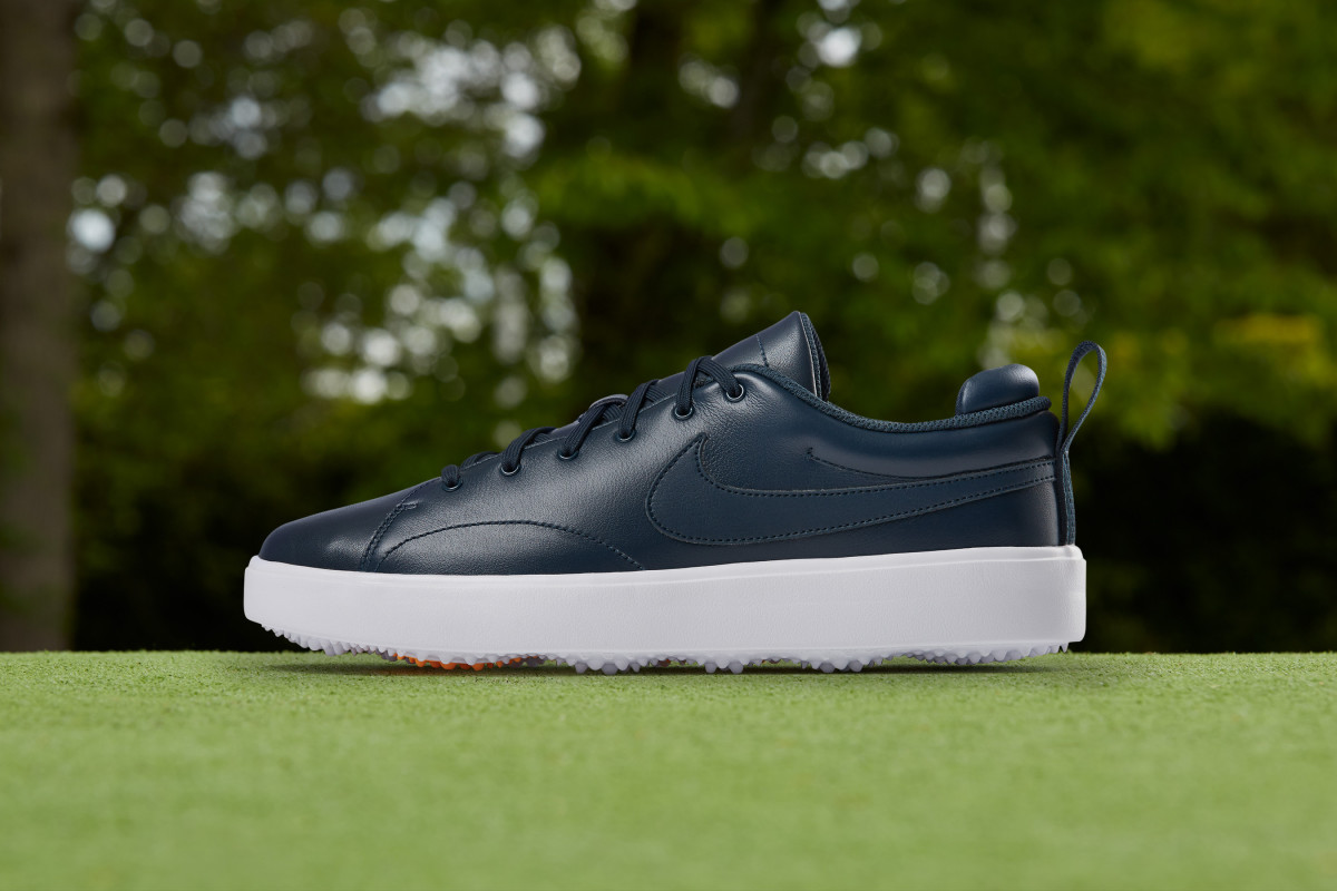 nike-course-classic-02