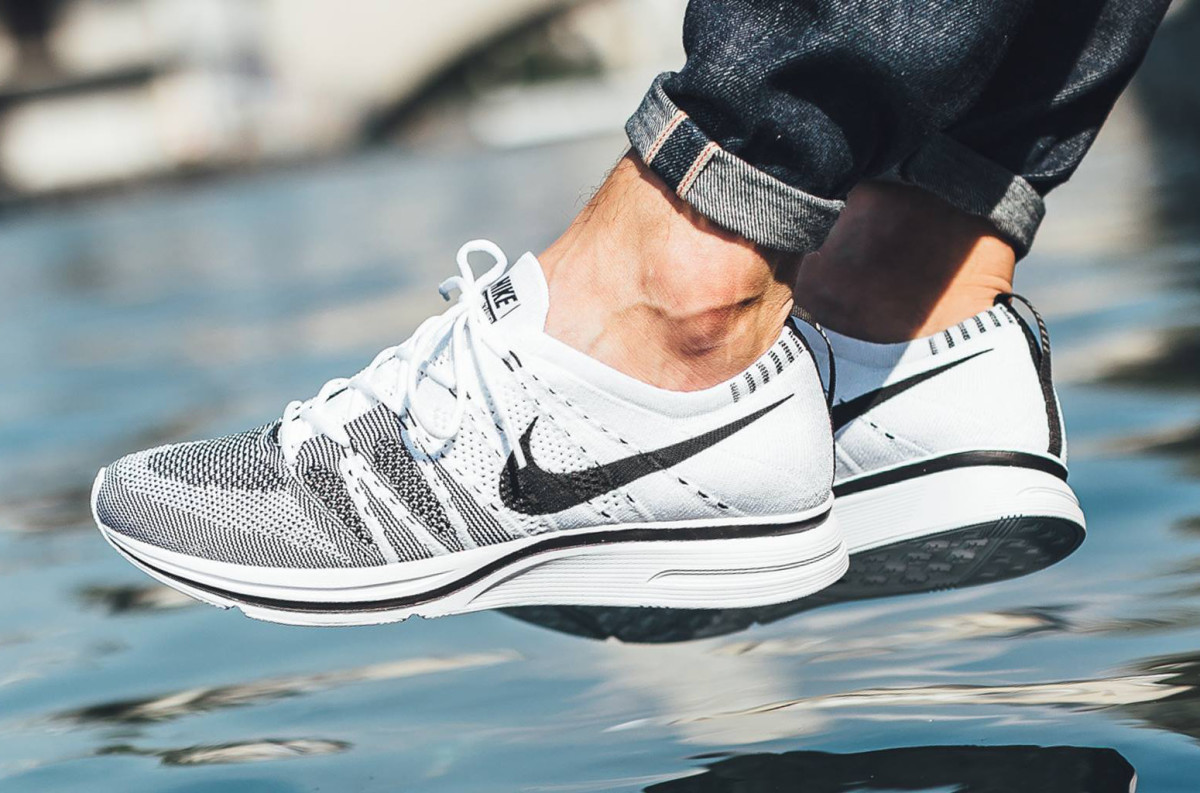 b6adc2b916e0d1 The Nike Flyknit Trainer Returns Next Week in White and Black ...
