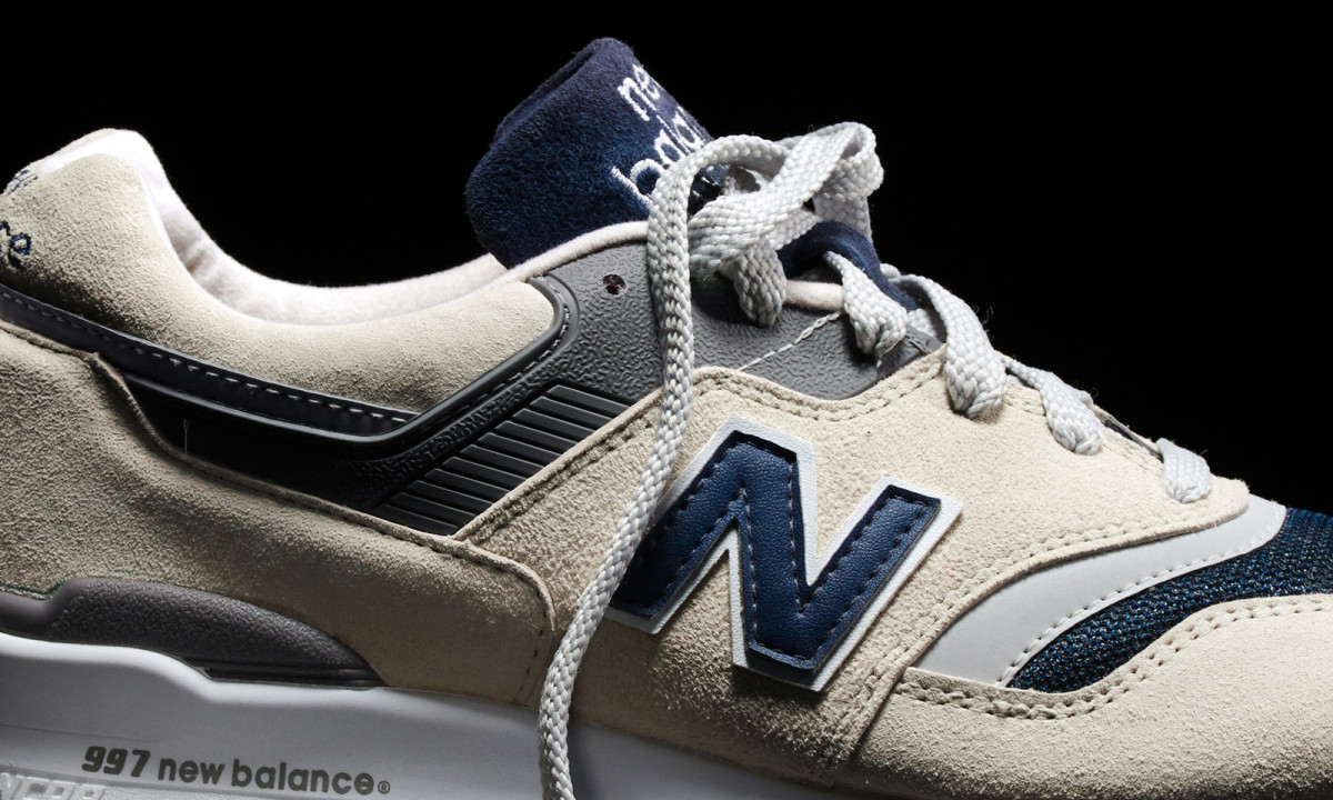 jcrew-new-balance-997-moonshot-01.jpg