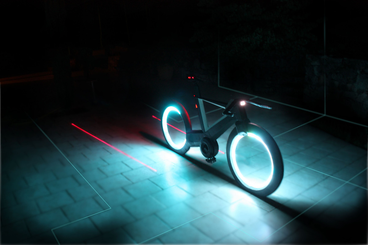 cyclotron-bike-02.jpg