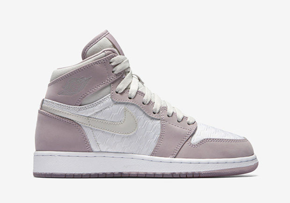 air-jordan-1-high-heiress-rtw-620x435.jpg