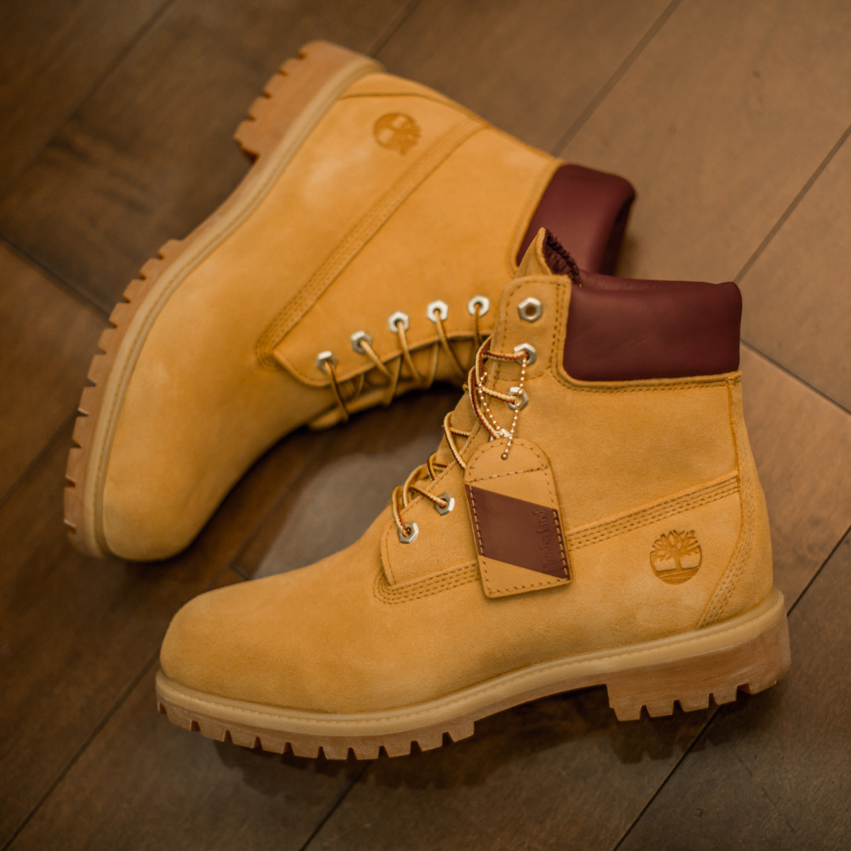 timberland-6-inch-boot-wheat-suede-dtlr-exclusive-03.jpg