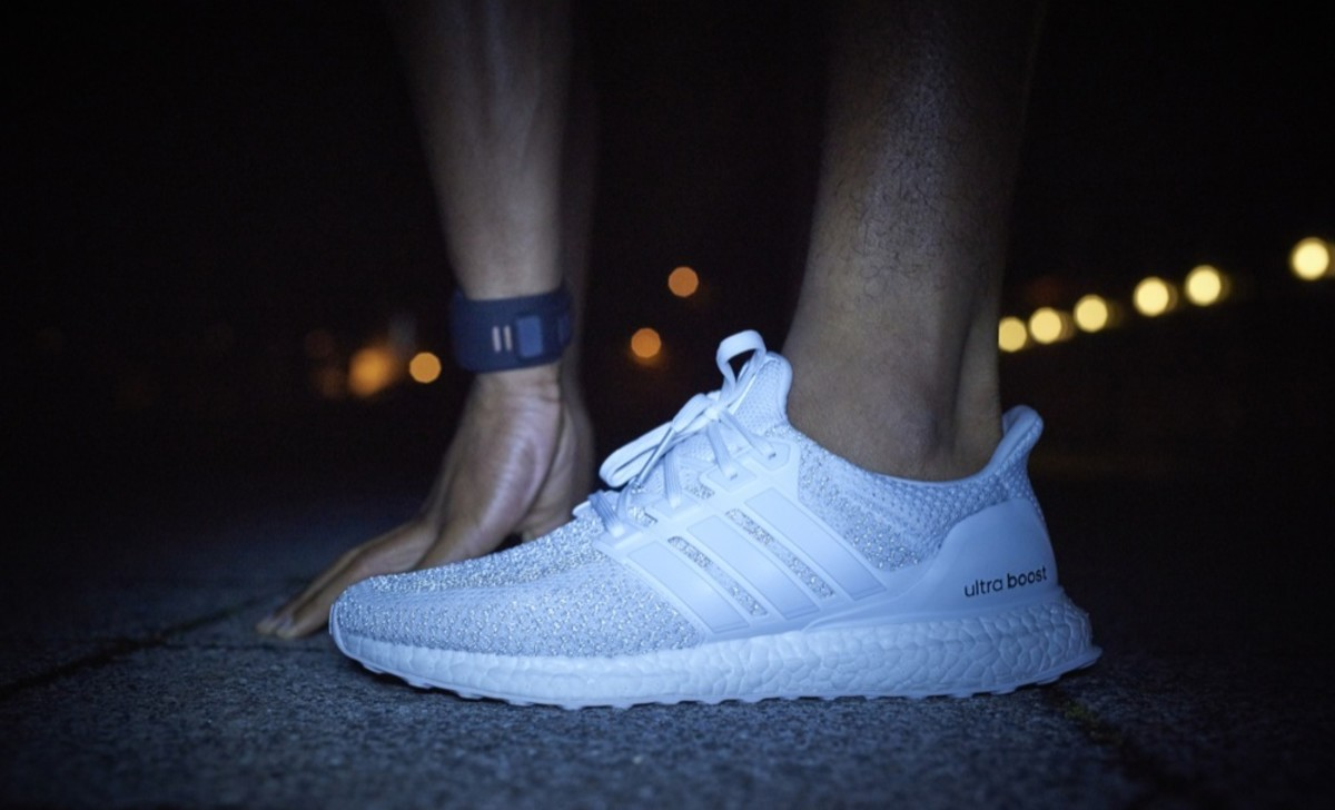 adidas-ultra-boost-reflective-pack-03.jpg