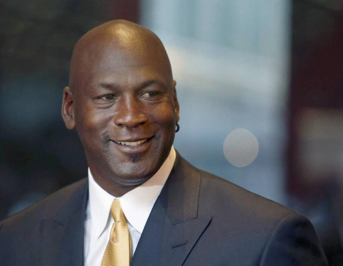 michael-jordan-presidential-medal-of-freedom.jpg